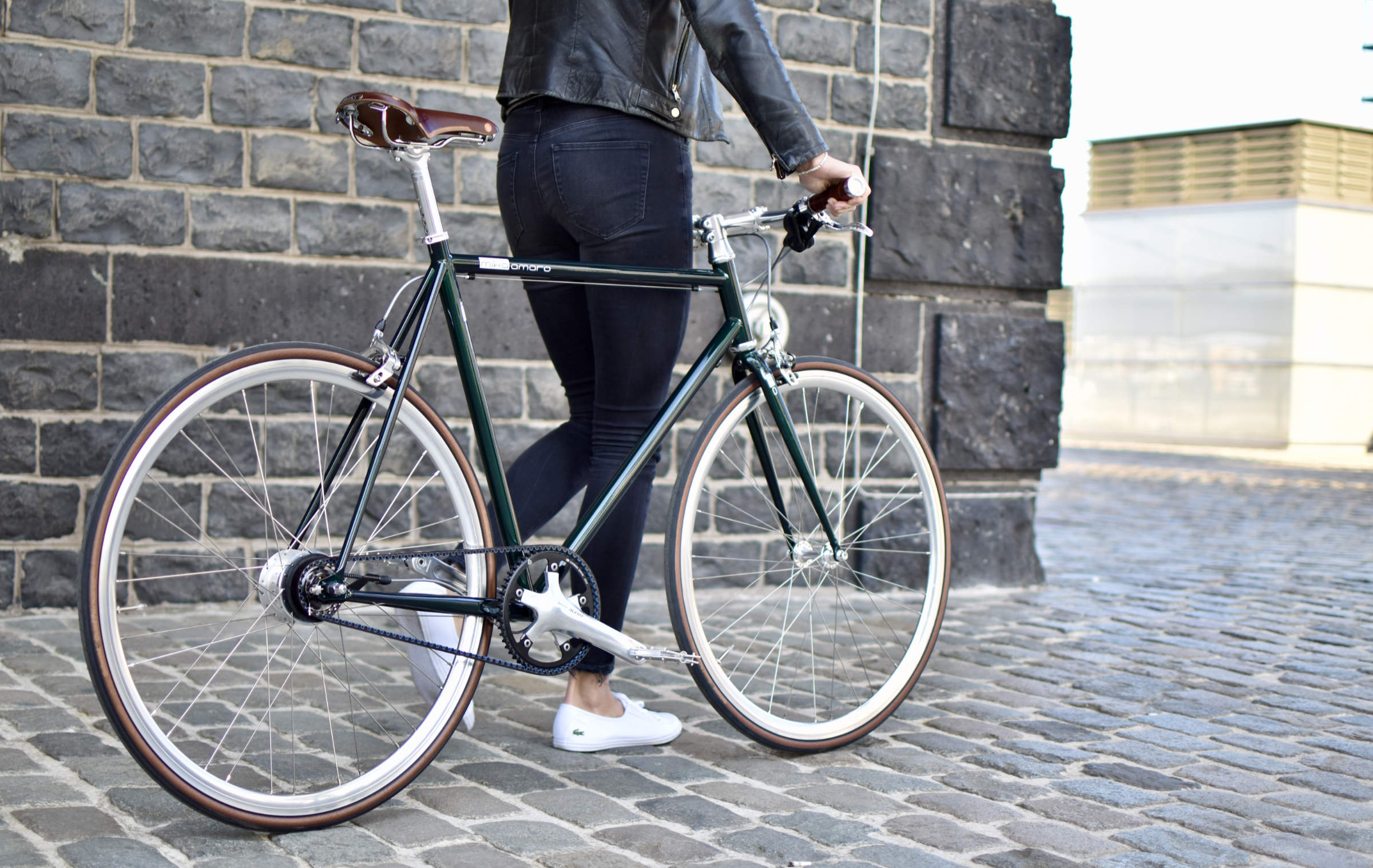 Urban Bike emerald green Gates Carbon Drive Brooks