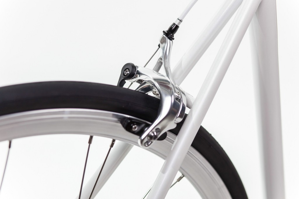 Urban Bike indy white brakes