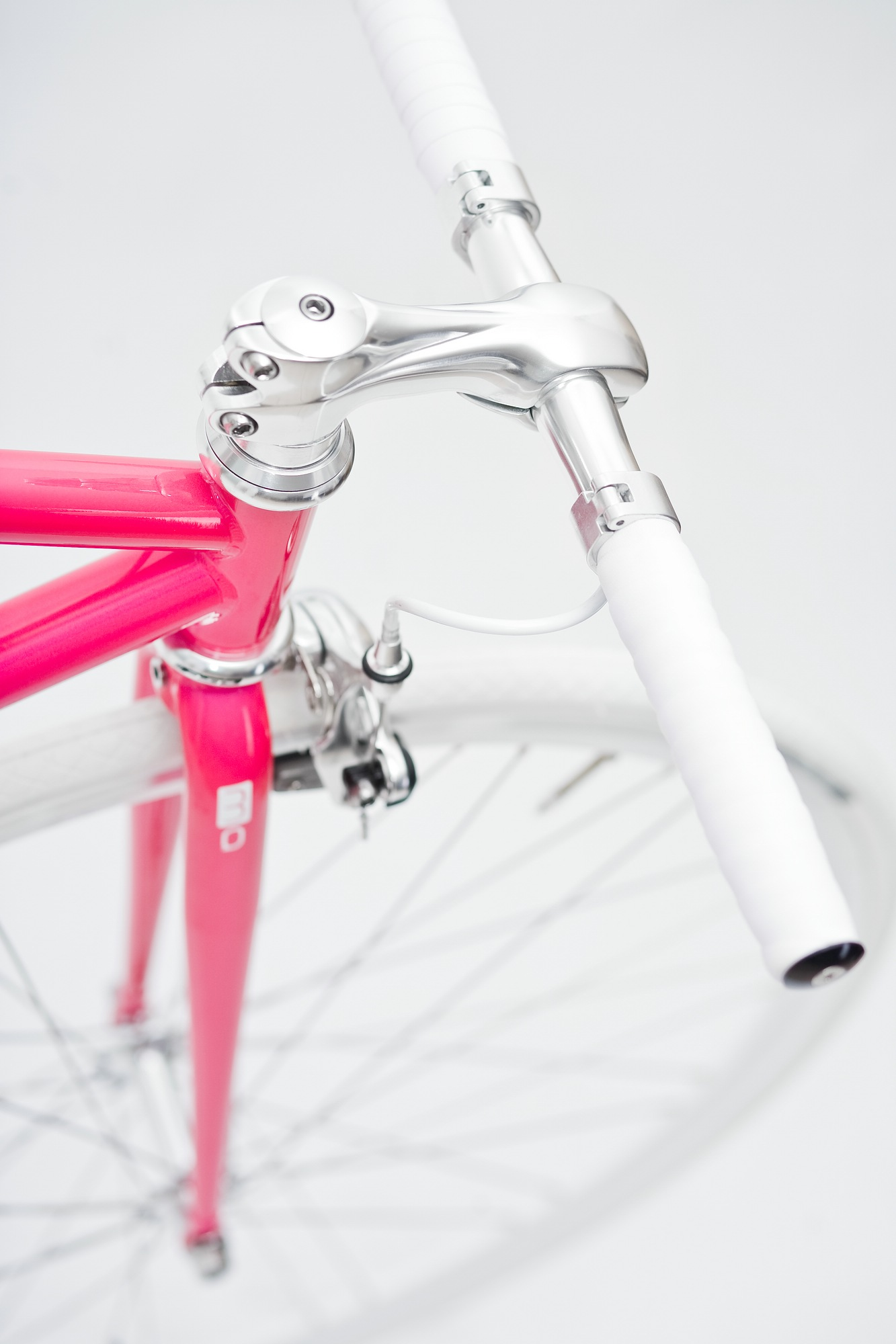 Single Speed Bike pink and white grips