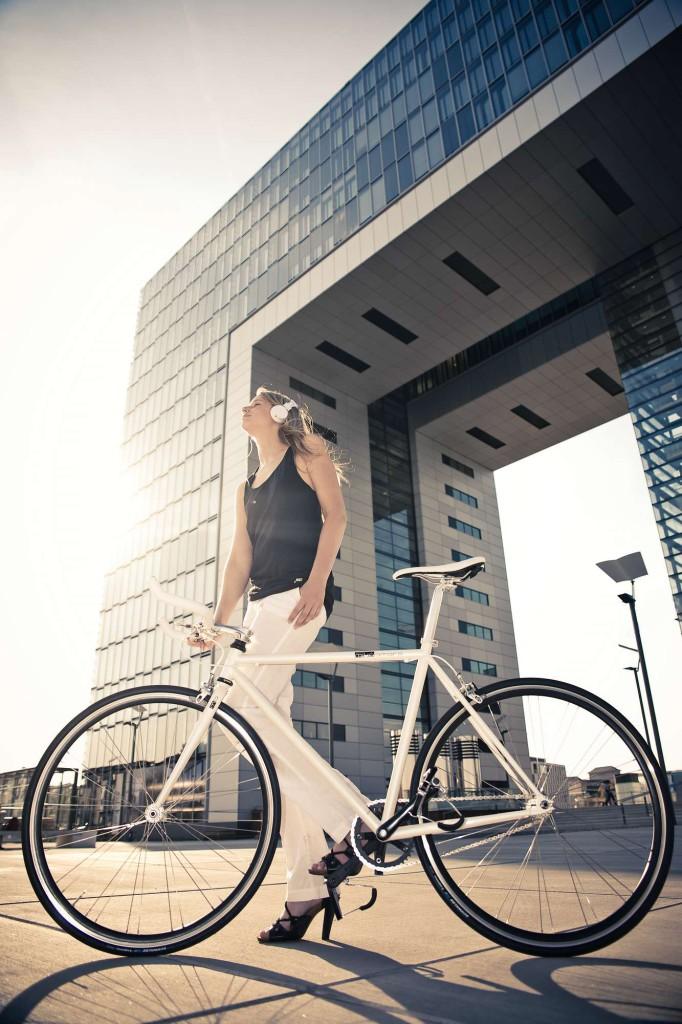 Single Speed Bike indy white