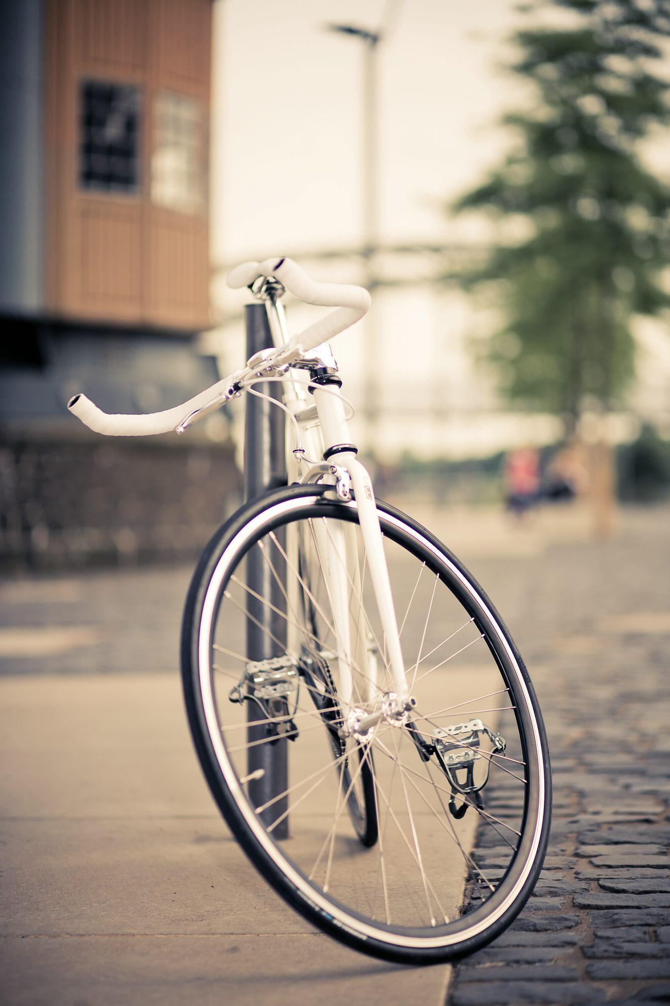 Single Speed Bike indy white, urban