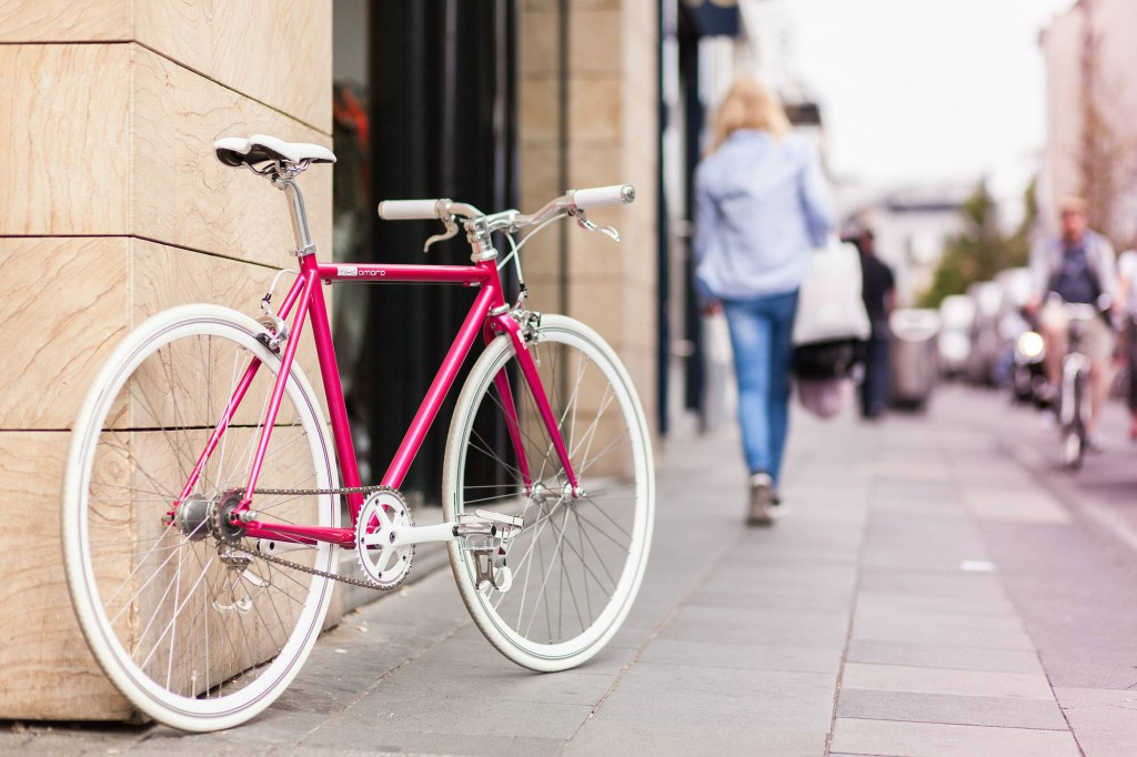 Single Speed Bike dressy pink, summer time