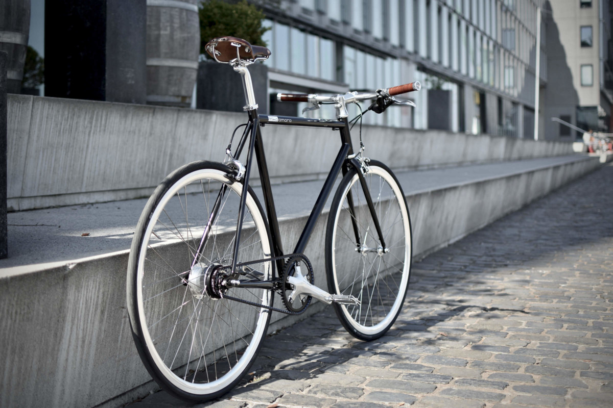 urban bike brooks gates carbon drive black