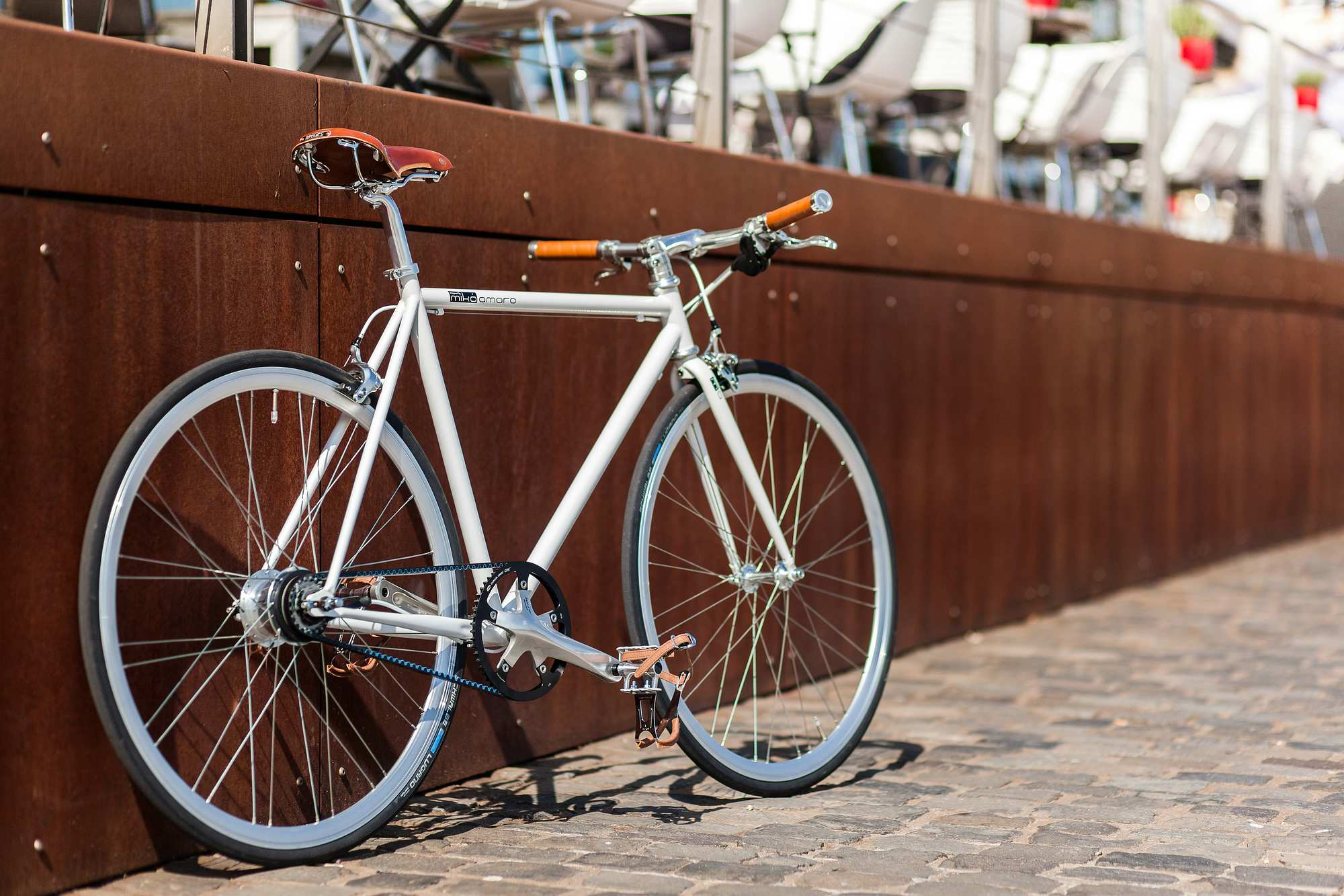 Urban Bike indy white 8 Speed, belt drive, Brooks